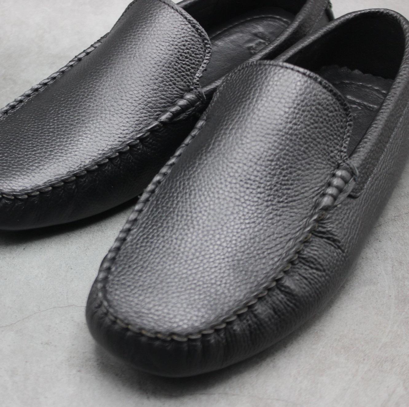 Giày lười da bò thật vân hạt đơn giản màu đen