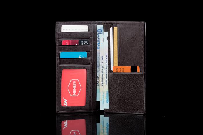2 Ưu điểm tuyệt đối ở chiếc ví da nam cầm tay của LODY